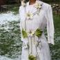 Blütendekoration auf Kleid 2