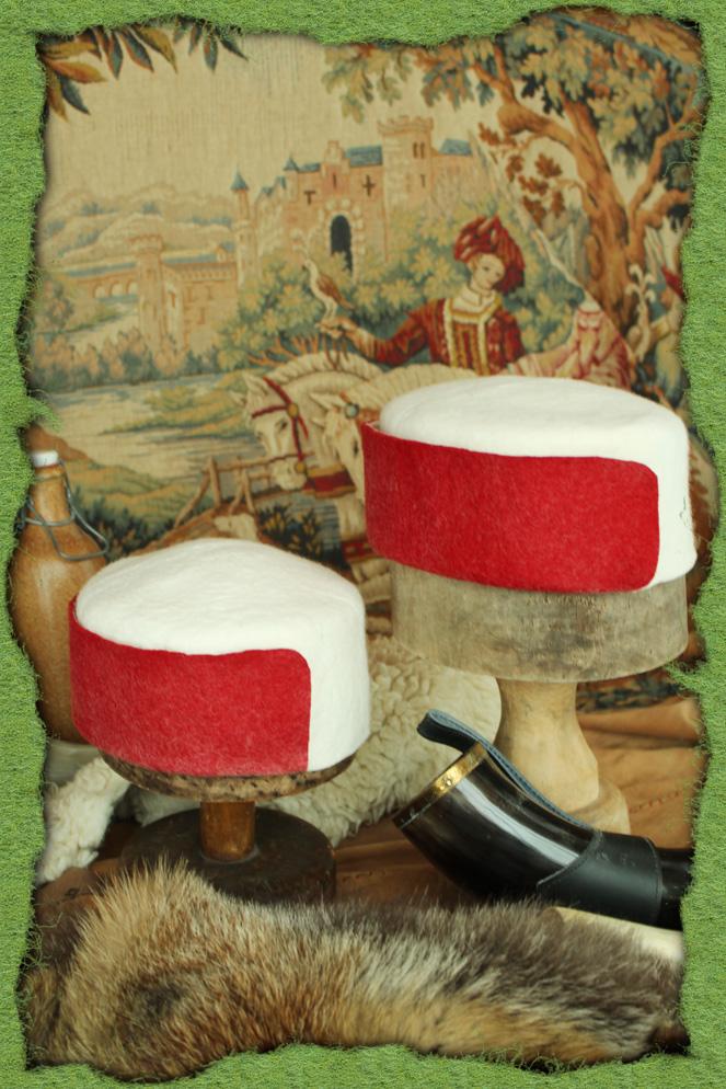 Rot-weiße Junkerhüte