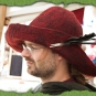 Roter Filzhut mit grosser Krempe