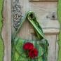 Grüne Tasche - Rote Blüten
