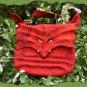 Rote Drachentasche